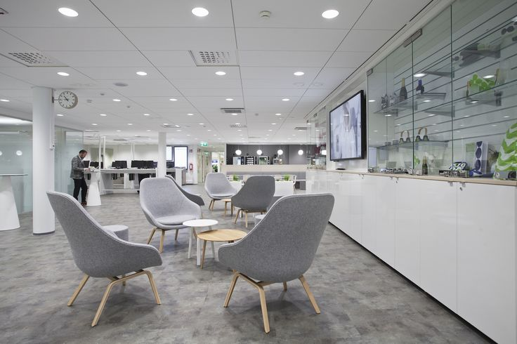 Finnair Crew Lounge — Workspace
