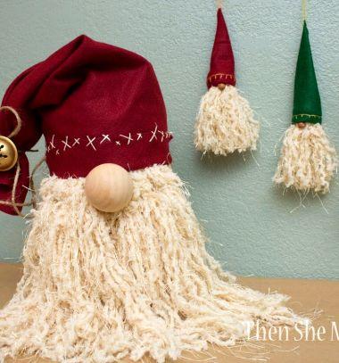 Karácsonyfa dísz Mikulások (vagy téli törpék) fonalból és filcből / Mindy -  kreatív ötletek és dekorációk minden napra