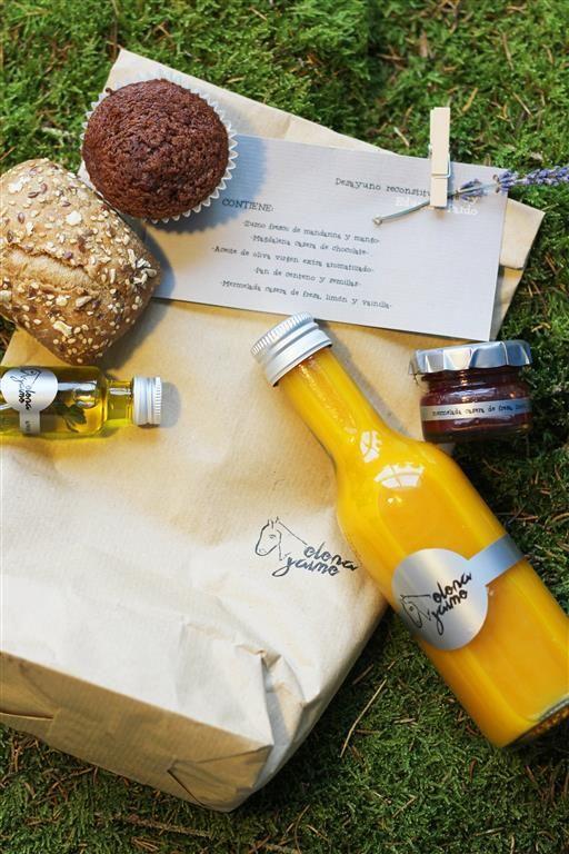 el-sofa-amarillo-regalo-boda-original-desayuno-6: