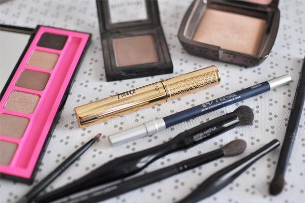 Navy eyeliner + soft brown eye makeup tutorial