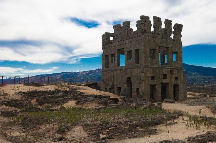 Torre de Centum Cellas, em Belmonte, Guarda Portugal