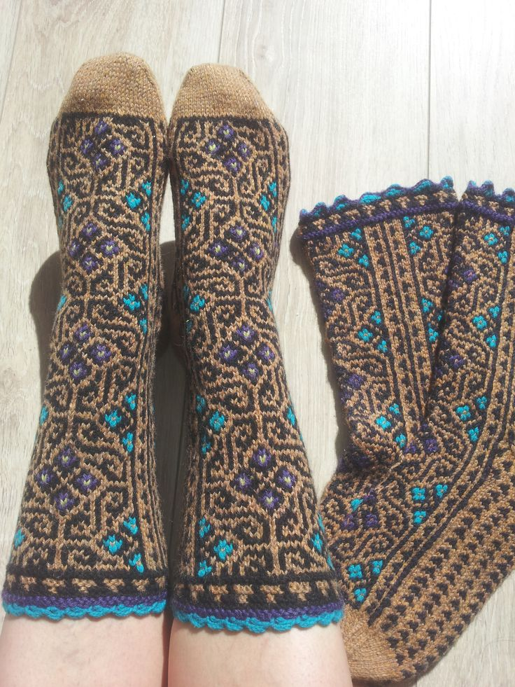 1005 best Crochet or knit socks, slippers and leg warmers 2 images ...