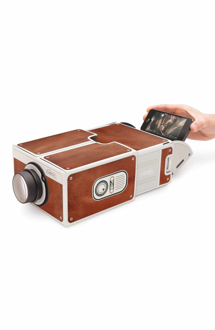 Main Image - Luckies of London Smartphone Projector 2.0