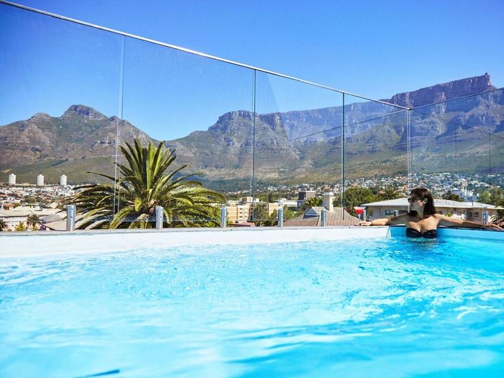 12 Rooftop Bars With a Stunning Cape Town View