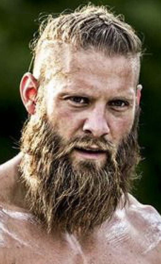 as 25 melhores ideias de viking haircut no pinterest barbas vikings e travis fimmel. Black Bedroom Furniture Sets. Home Design Ideas