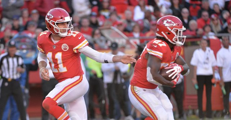 Chiefs vs. Raiders live stream: How to watch 'Thursday Night Football' online