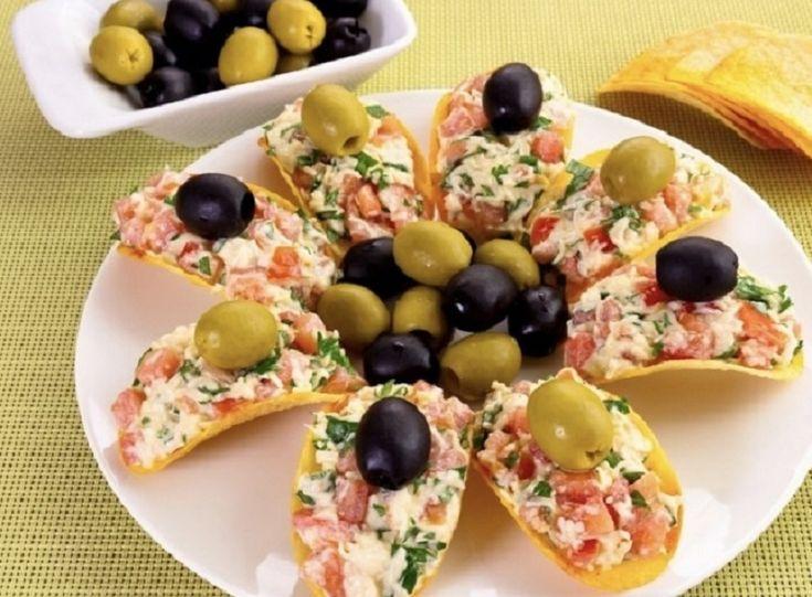 Пикантные закуски — неотъемлемая часть праздничного стола. Сегодня мы предлагаем твоему вниманию уникальный рецепт сырной закуски. Он наверняка понравится ...