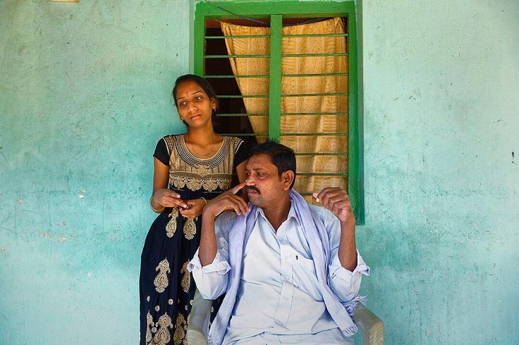 Preview of the #CKDu work I will be exhibiting @visapourlimage this September. In this photo, Mahgeswari and her father Ventkataiah, a CKDu patient, pose outside their home in the village of Kota, outside of Nellore, #India on January 15, 2016. Stay tuned for more! #visapourlimage #visapourlimage2017 #Perpignan #France #photojournalism #documentary #reportage #edkashi #viiphoto #CKD #CKDnT #ChronicKidneyDisease @viiphoto