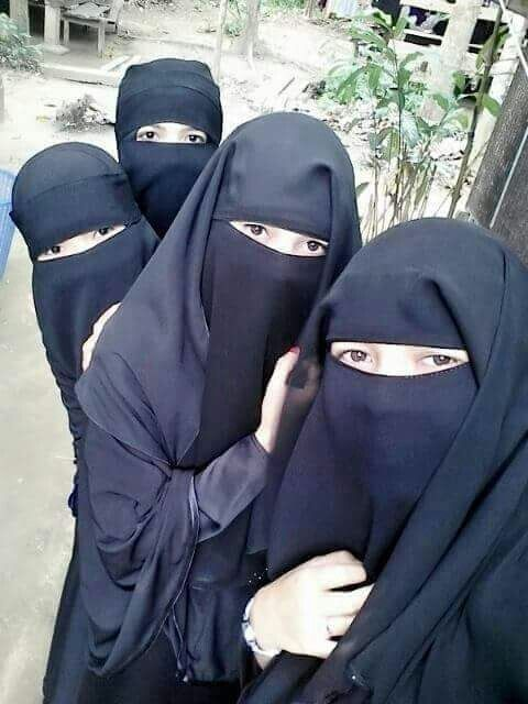 Beautiful Niqabi sisters