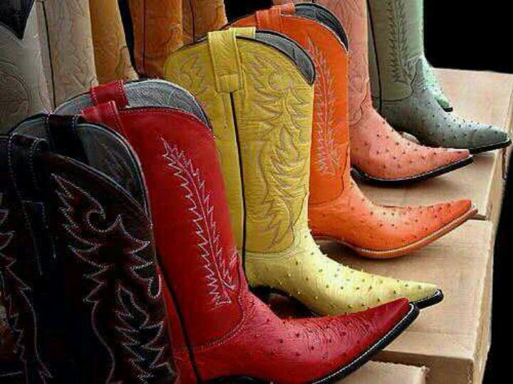 39 besten boots bilder auf pinterest sexy stiefel for Schuhschrank jimmy