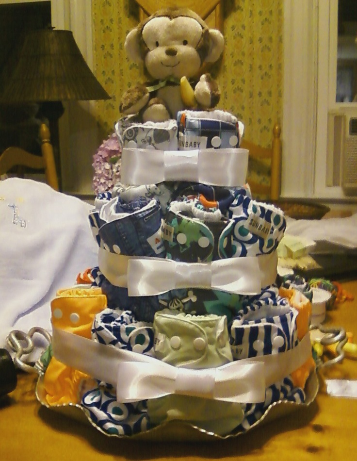 cute cloth diaper cake for baby boy...looks like they're all sunbaby diapers too!
