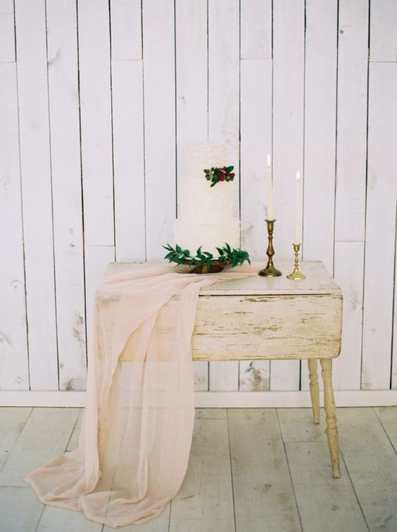 Spring wedding table cute table decorations.    spring   spring wedding   pastel spring wedding   vintage spring wedding   rustic spring wedding   spring wedding centrepiece   spring wedding flowers   spring wedding style   spring wedding inspo   spring wedding decor   spring wedding cake   wedding cake