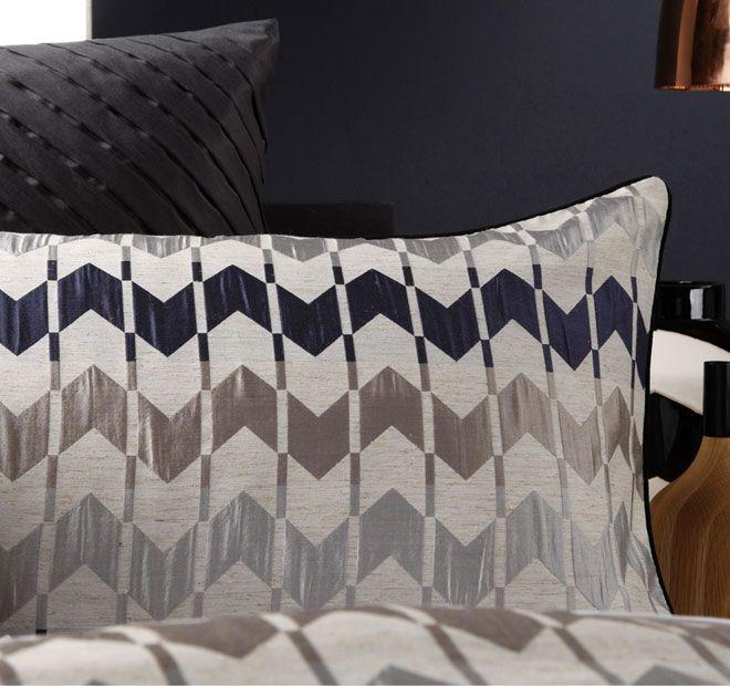 logan-and-mason-lifestyle-vespa-quilt-cover-set-range-detail-ink