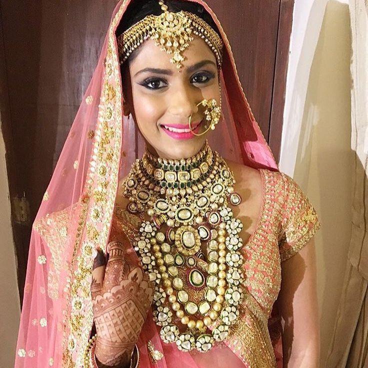 Channel your inner Maharani with exquisite layering. Custom designs now available at Veer & Mehar. #vilandi #jhumki #kundanchoker #jadau #jewels #maharani #kundan #jewellery #jadaujewellery #kundanjewellery #indianbride #indianparty #indianbridal #indianjewels #indianfashion #pakistanibride #pakistanibride #partyjewellery #polki #lengha #pakistanifashion #layering #mathapatti #choker #nath #viyah #veerandmehar