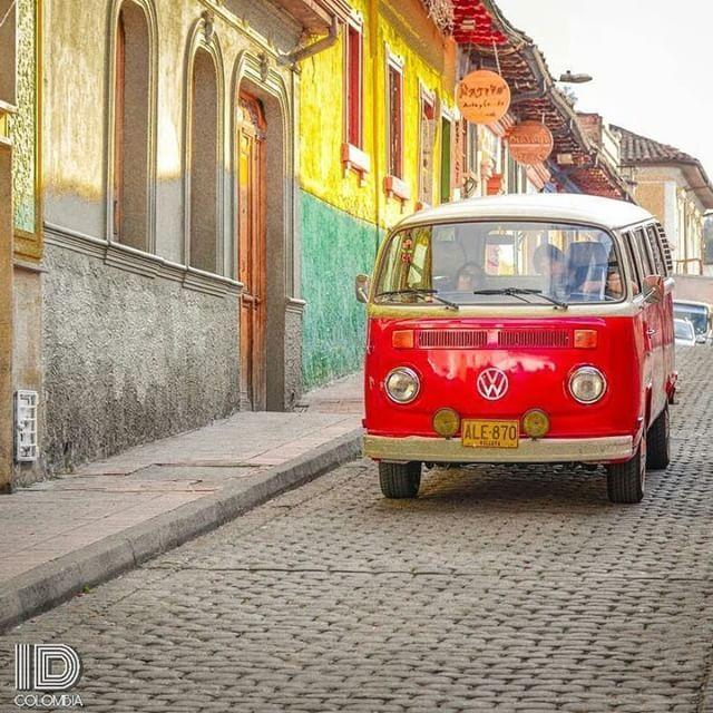 25 de Enero 2018   Desde el barrio de La Candelaria en la ciudad de Bogotá les deseamos buen dia...     Foto @dariomz.photo  Los invitamos a visitar su fantástica galería   sigue  @IDColombia_   tag   #IDColombia selecció n  @bayron.ramirezg   Miembros de  @ID_Community . #cali #ig_all_americas #ig_americas #ig_bogota_ #santamarta #Ig_Colombia #ig_latinoamerica_ #ig_medellin_  #ig_worldclub  #pereira #bogota #igerscolombia #igs_america #igworldclub #Medellin #Cartagena #galeriaco…