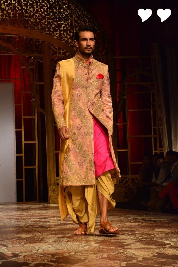"""All roads led to Taj Palace in New Delhi yesterday, half of which came to see Manish Malhotra's new bridal collection titled """"The Persian Story"""" and half of which came to get a peek at Fawad Khan &amp..."""
