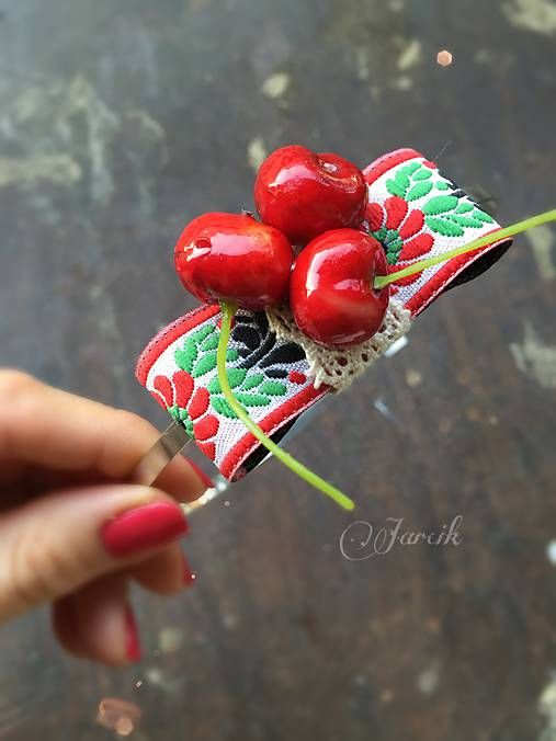 jarcik / Čelenka Cherry