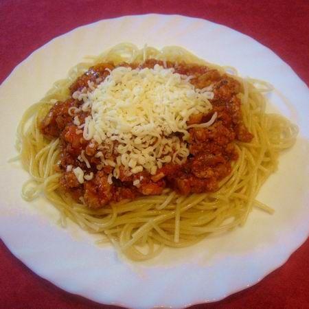 Egy finom Bolognai ragu spagettivel ebédre vagy vacsorára? Bolognai ragu spagettivel Receptek a Mindmegette.hu Recept gyűjteményében!