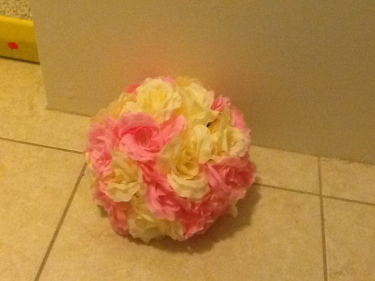 With a hot glue gun stick some fake flowers into a foam ball. Soooo cute! I didn't completely cover mine because i wanted it to stand. You can add a nice vintage touch to your room if you place it on a nice decorative box!! ;)