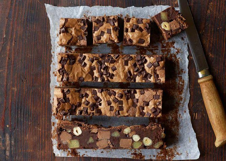 Verdens bedste brownie med nougat og marcipan - se her