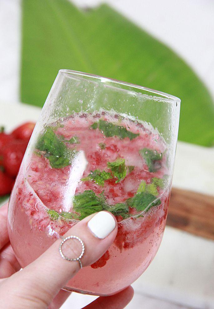Berry Cucumber Vodka Mojito Cocktail Recipe