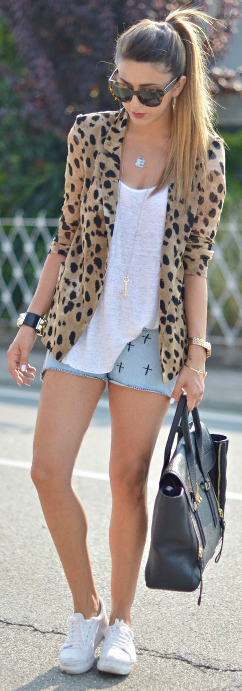 Outfit Of The Day – Giacca Animalier & Short Rock