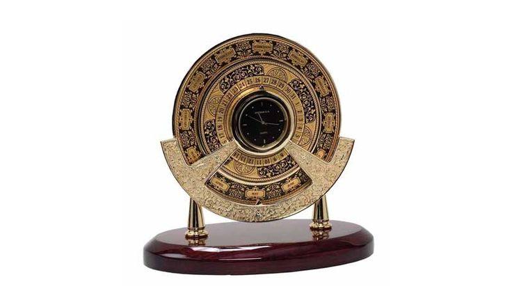 Настольные часы Sextan...