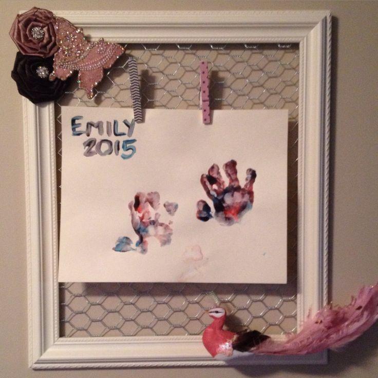 Display for my daughters artwork #alteredart #scrapbooking