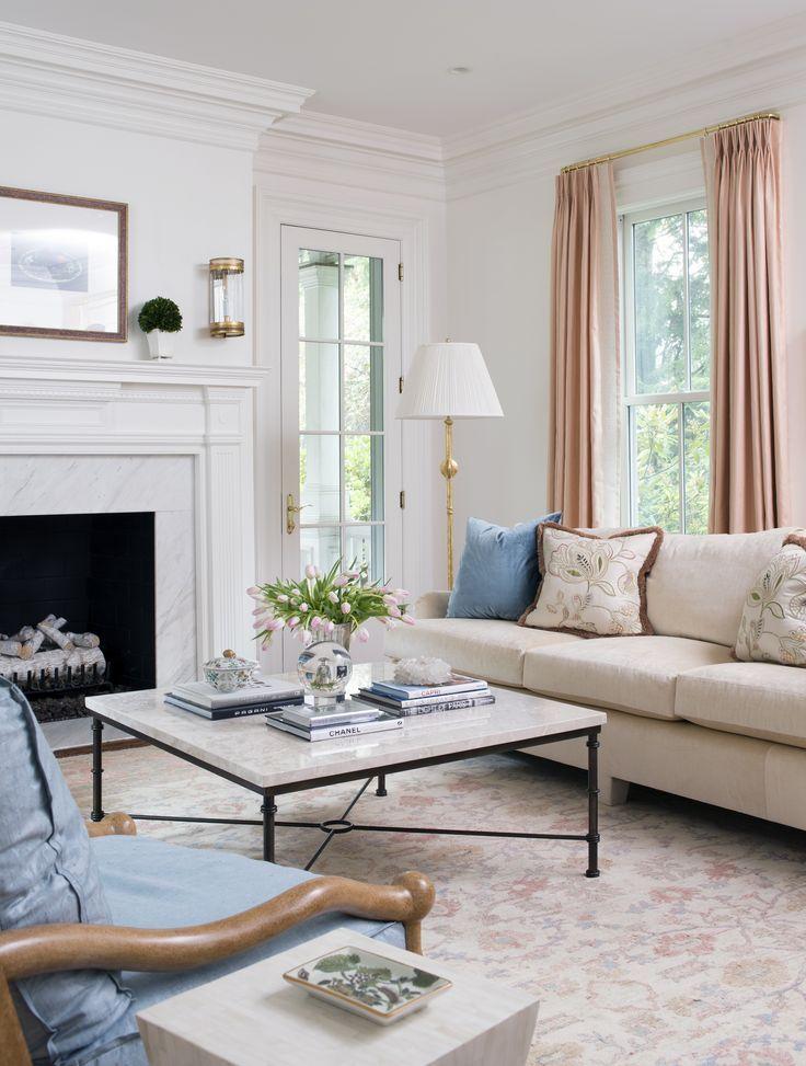 An Elegant Sitting Room By Allison Caccoma Inc Aufenthaltsraum