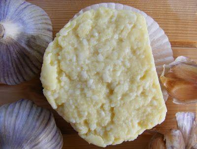 """szeretetrehangoltan: Fokhagymás házi """"sajt"""", a trappista jellegű"""