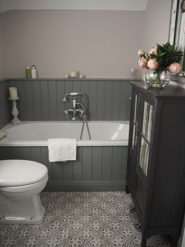 Sally's traditional bathroom is a combination of light and dark grey | Sally's Traditional Grey Bathroom - Surrey