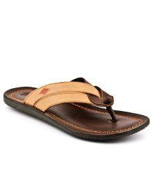 Slippers & Flip Flops: Buy Men's Slippers & Flip Flops Online in India | Snapdeal
