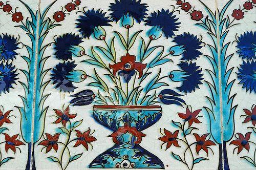 Iznik tile inside Harem - Topkapi Palace (Istanbul)
