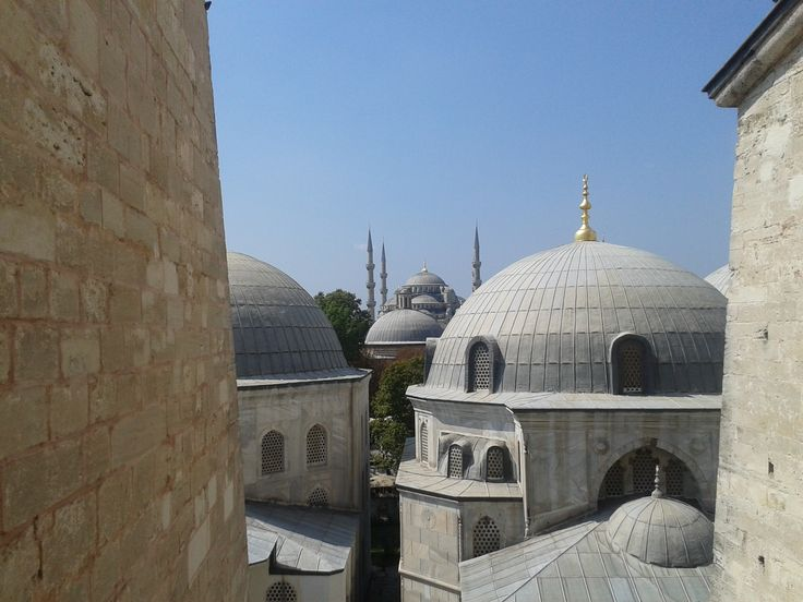 Open window - from Agia Sophia to Blue Mosque