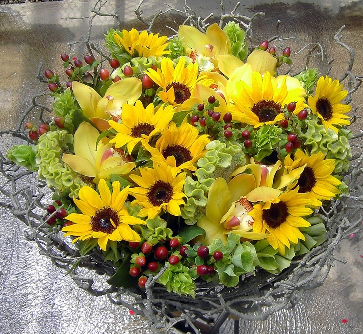 bring the garden inside with summer flowers
