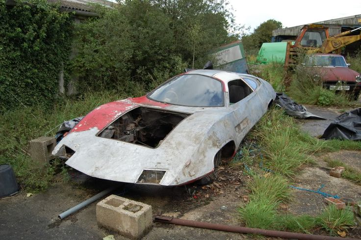 Ed Straker's car from UFO TV show in 2011 UFO series