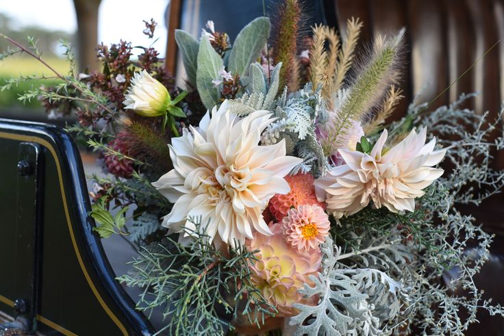 April Wedding, styled shoot, bouquet, bridal, silk ribbon, dahlias, cafe au lait, grey foliage, dusty miller, fountain grass, artemisia, wormwood, peach, pink, apricot, rustic wedding, vintage car, K1 Winery