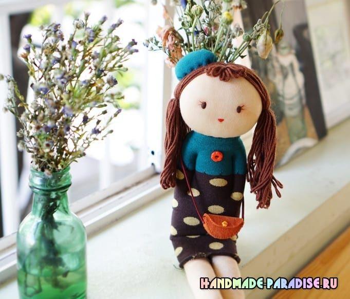 Куколка из носков с волосами из пряжи. Шить игрушки из носков несложно и весело. Хочу предложить сшить для малышки куколку, добрую и очень симпатичную