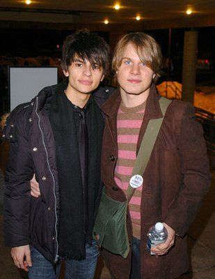 Jeffrey Licon and Brady Corbet at event of Mysterious Skin (2004) | Essential Gay Themed Films To Watch, Mysterious Skin http://gay-themed-films.com/films-to-watch-mysterious-skin/