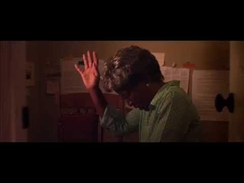 Cuarto de Guerra - Trailer (Película Cristiana) - YouTube