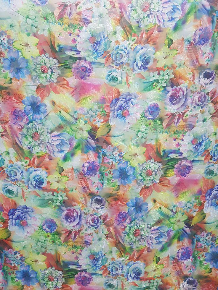 Materiale textile - Voal Jacquard  Imprimeu floral  Latime 1.5 metri  Tesaturi speciale pentru confectionarea rochiilor, fustelor, compleurilor, etc.
