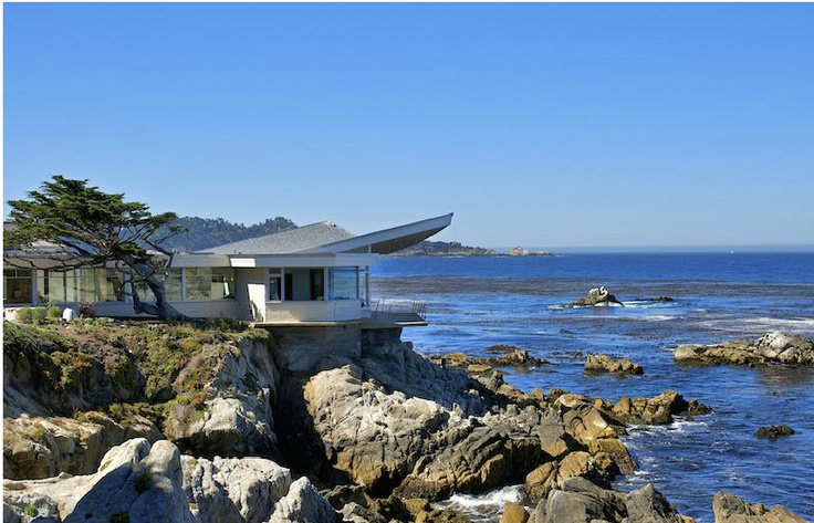 House in carmel ca with butterfly roof design by frank for Frank lloyd wright california