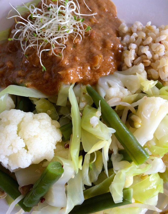 Recept: Satésaus met gadogado - Healthy Vega