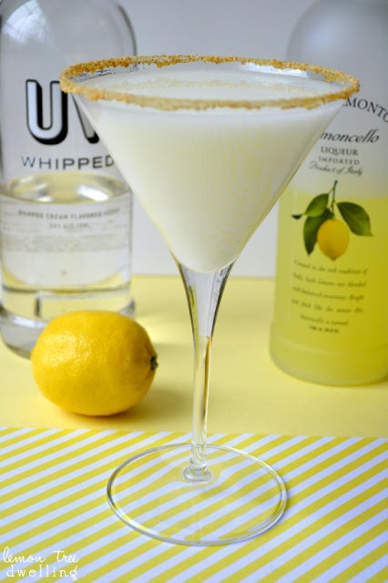 Deliciously sweet Lemon Meringue Martini from Lemon Tree Dwelling ~ www.lemontreedwelling.com  #martinis
