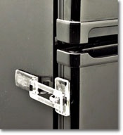 This refrigerator lock is easy to install and easy to use.