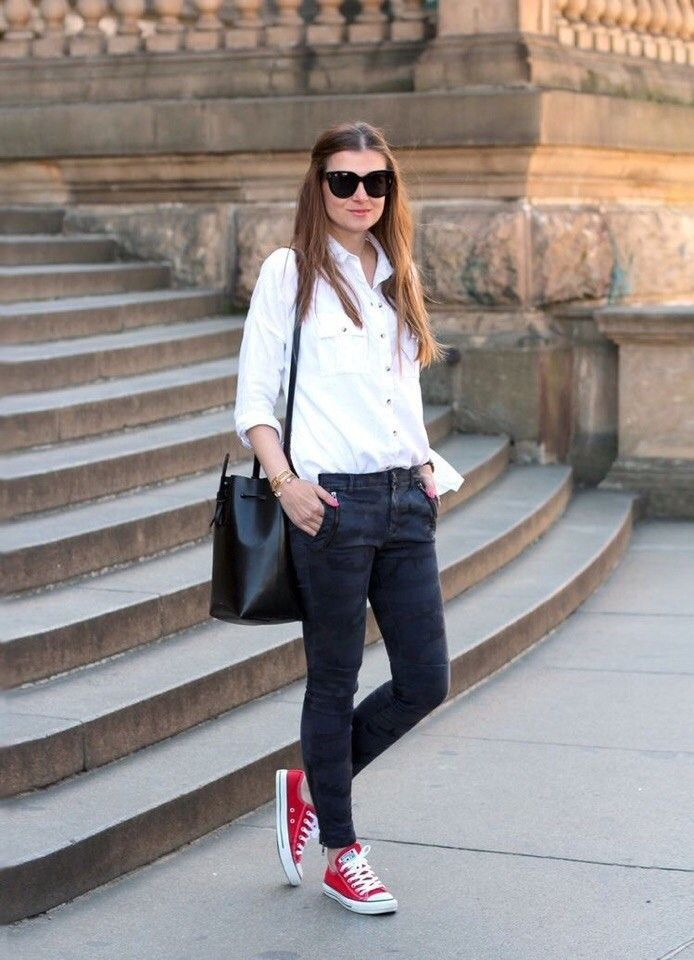 outfit converse rojos mujer