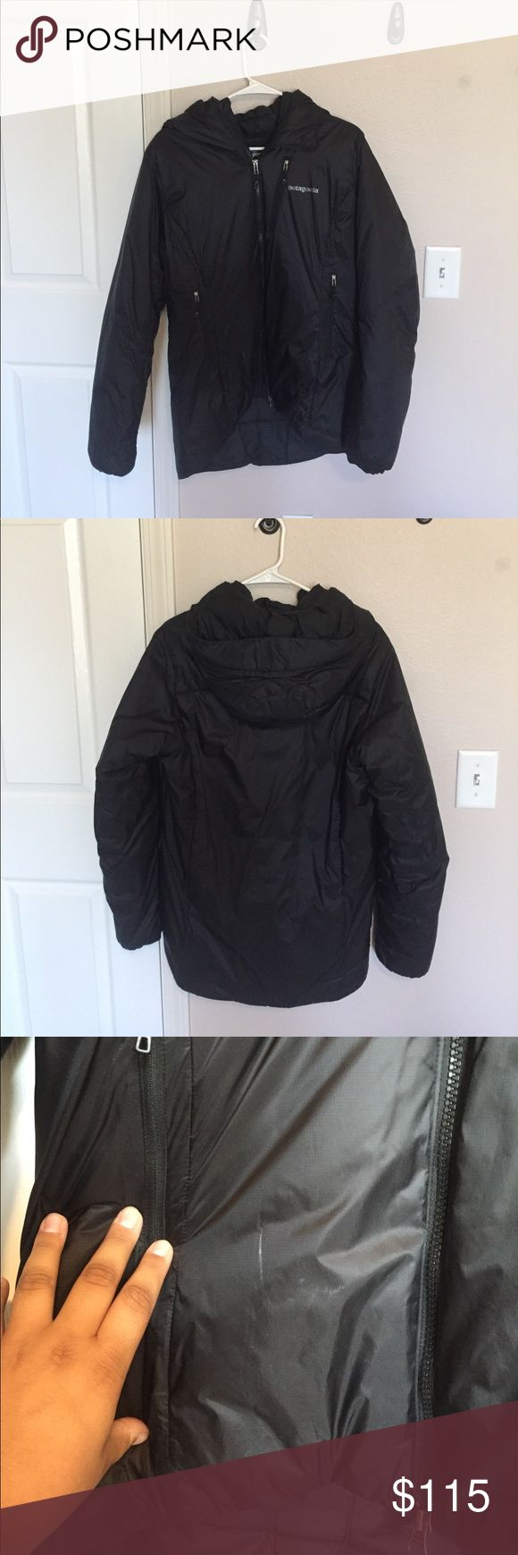 Patagonia Women's DAS Parka Gently used women's Patagonia DAS Parka. In very good condition besides a small white mark on the lower right hand side of the jacket. Great product - keeps you warm during the cold winter months! Patagonia Jackets & Coats Puffers