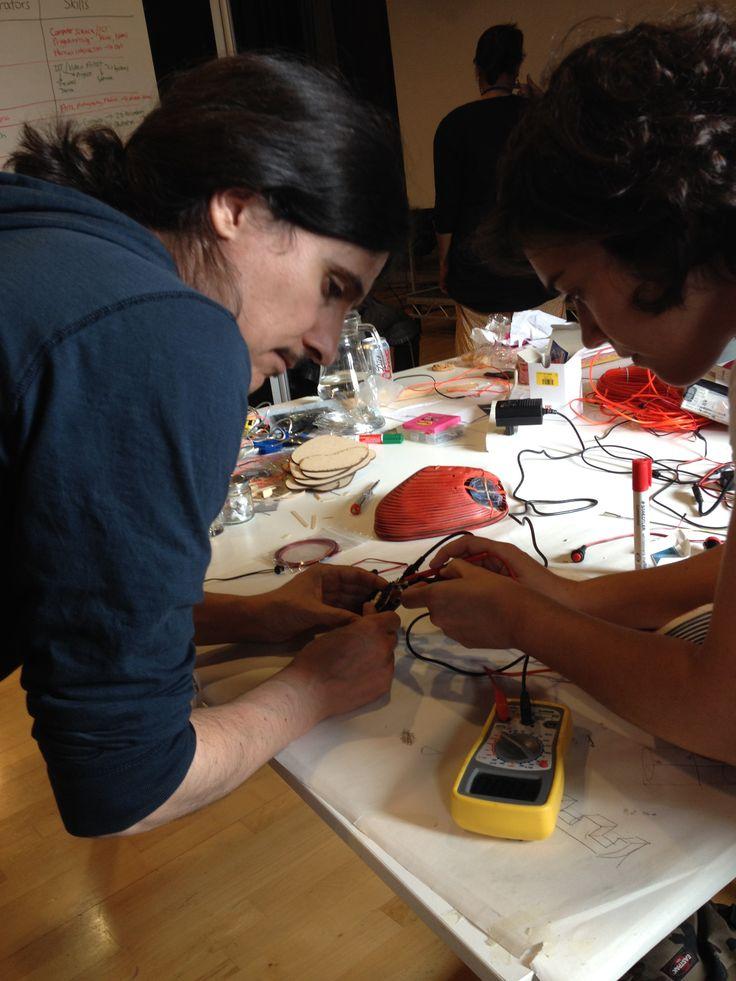 Soldering wires onto the circuit board #Interactivosbham