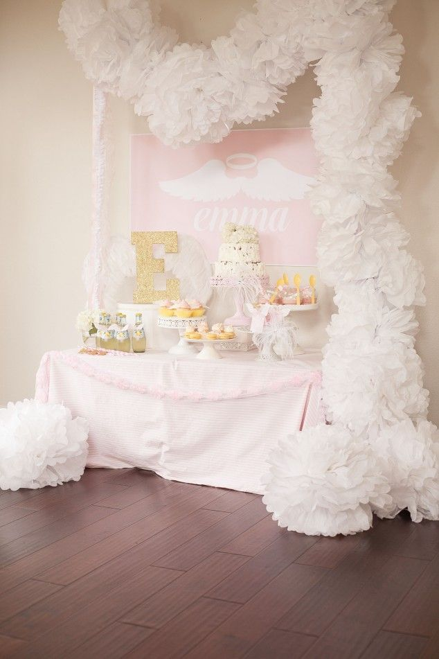 Use tissue poms to create a garland for a very dramatic effect at your next party!