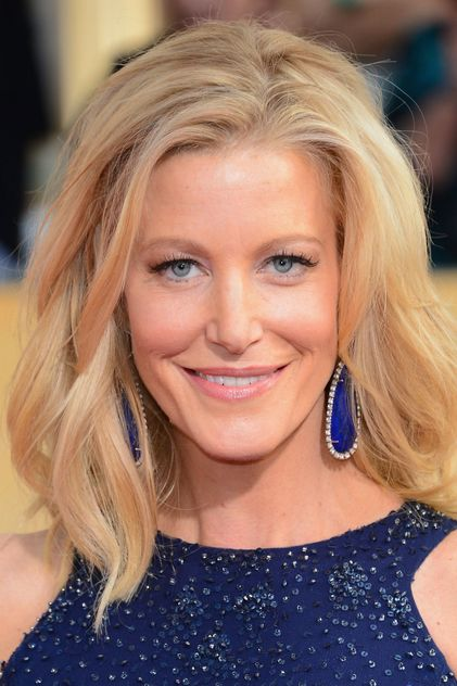 Anna Gunn. Anna was born on 11-8-1968 in Cleveland, Ohio. She is an actress, known for Breaking Bad, Sully, Enemy of the State, and Red State.